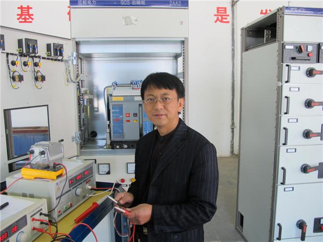 机床电气控制线路实习电路板16套;plc实训板50套;变频调控制实训板25
